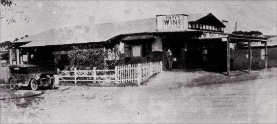 Riley's wine saloon at the corner of The Esplanade and Lawrence Hargrave Drive Thirroul.
