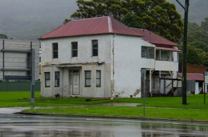 The former Sea View Guest House at Bulli is threatened with demolition to make way for the extension of the Northern Distributor.