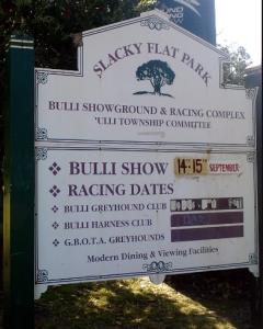 slacky-flat-park-sign