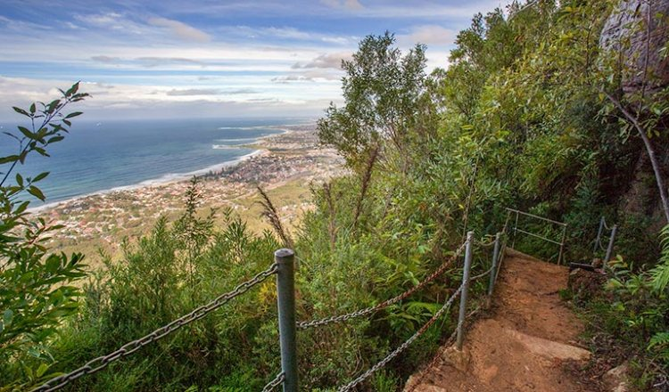 Sublime Point walking track, Illawarra Escarpment State Conservation Area