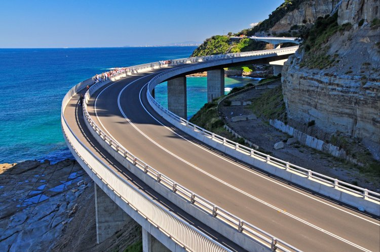 sea cliff bridge vistnsw