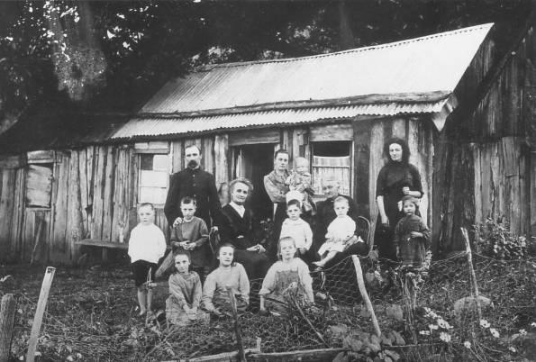 The original Walker family home on Bulli Mountain