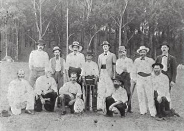 Thirroul Cricket team on Slacky Flat 1908.